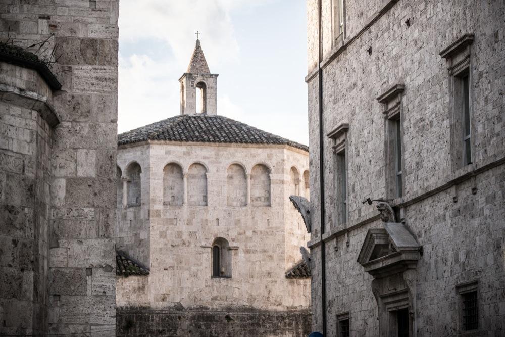 Ascoli romanica: il Battistero di San Giovanni