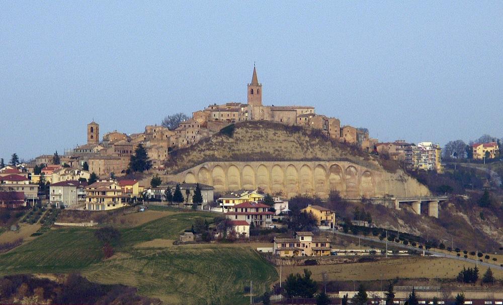 Castignano: l'antico borgo dei Templari patria delle eccellenze picene