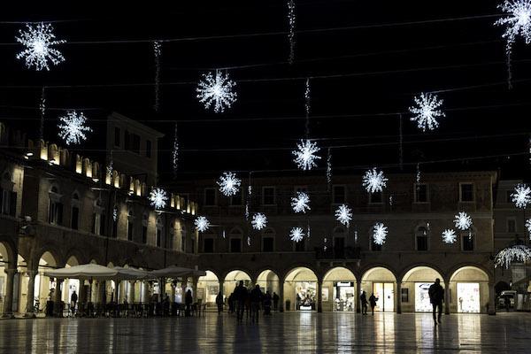 Natale e Capodanno ad Ascoli tra shopping, arte e musica!